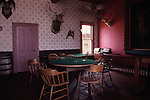 OLD WEST HISTORIC TOWN GAMBLING TABLE