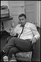 7 Juillet 1971. L ex sportif Just Fontaine en entrevue a son Domicile de Toulouse.