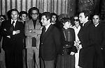 HELMUT BERGER ED ENRICO LUCHERINI<br /> FUNERALI DI LUCHINO VISCONTI<br /> CHIESA DI SANT'IGNAZIO ROMA 3 MARZO 1976