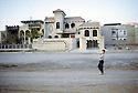 Irak 2000.Les nouvelles maisons des riches familles de Dohok.Iraq 2000.New house of a wealthy family in Duhok