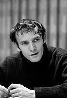 Georges Dor, auteur de LA MANIC<br /> , le 2 mai 1969<br /> <br /> Photo : Photo Moderne<br />  © Agence Quebec Presse