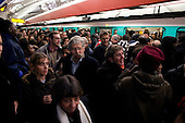 Paris, France.November 15, 2007..Trains at Chatelet were infrequent as commuters pack platforms and rush hour trains to head home. Security keeps people from entering the platforms in an attempt to control dangerous overcrowding. French unions continue an open-ended strike in public transport (SNCF, RATP, ...), yet most workers at the EDF electricity and GDF gas utilities returned to work after taking action the previous day, in a major test for President Nicolas Sarkozy's reform plans. They are protesting against the scrapping of pension privileges that allow some public employees to retire as early as age 50...