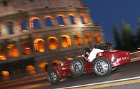 Roma 18/05/2007 Arrivo a Roma della Mille Miglia. Le auto passano sotto al Colosseo.<br /> Photo Samantha Zucchi Insidefoto