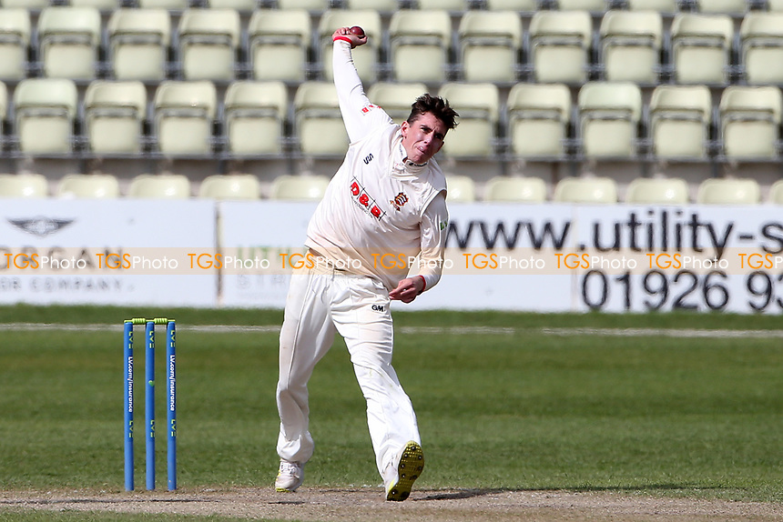 Dan Lawrence in bowling action for Essex during Worcestershire CCC vs Essex CCC, LV Insurance County Championship Group 1 Cricket at New Road on 2nd May 2021