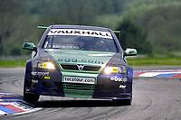 2001 British Touring Car Championship #27 Phil Bennett (GBR). Egg Sport. Vauxhall Astra Coupé.