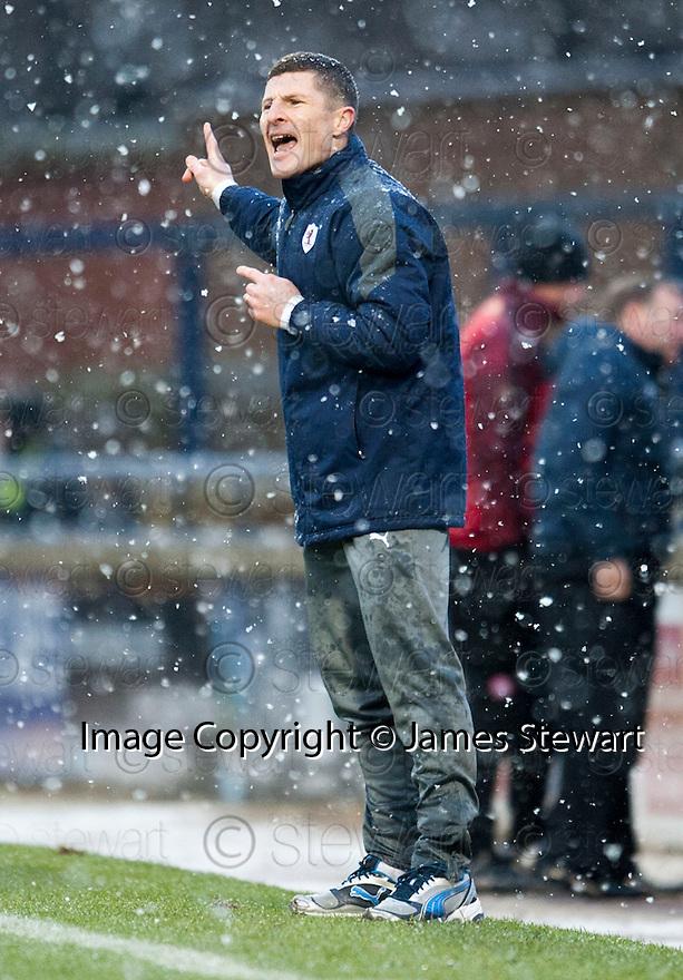 Raith Rovers' manager Grant Murray.