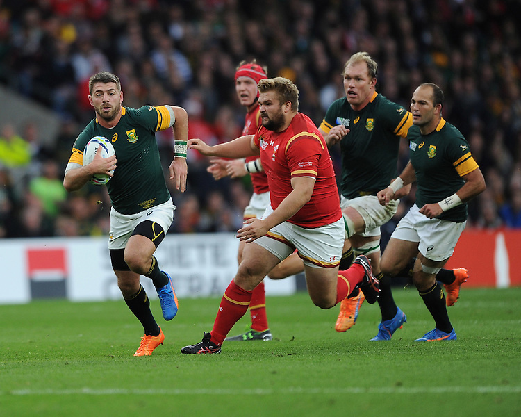 Willie le Roux of South Africa in action during Match 41 of the Rugby World Cup 2015 between South Africa and Wales - 17/10/2015 - Twickenham Stadium, London<br /> Mandatory Credit: Rob Munro/Stewart Communications