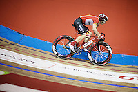 Jasper De Buyst (BEL/Lotto-Soudal) sprinting into the very steep corners of the iconic Kuipke Velodrome<br /> <br /> 2015 Gent 6
