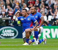 Samoa replacement Anthony Perenise performs the Manu Siva Tau - Mandatory byline: Rogan Thomson - 03/10/2015 - RUGBY UNION - Stadium:mk - Milton Keynes, England - Samoa v Japan - Rugby World Cup 2015 Pool B.