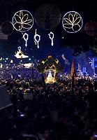 PA - CIRIO/TRASLADACAO-CIDADE - ** ATENCAO, EDITOR: FOTO EMBARGADA PARA VEICULOS DO ESTADO DO PARA ** das 12  romarias oficiais do Cirio de Nazare a Trasladacao Imagem Peregrina segue em procissao luminosa pelas principais ruas da capital, sendo acompanhada por uma multidao de mais 1 milhao de romeiros, ate a chegada na Catedral Metropolitana de Belem, no final da noite. Uma das maiores procissões catolicas do Brasil, o Círio de Nazare, ganhou o titulo de patrimonio cultural imaterial da humanidade.neste sabado(11).<br /> Foto: TARSO SARRAF Cirio de Nazaré
