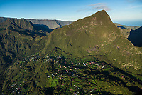 France, île de la Réunion, Parc national de La Réunion, classé Patrimoine Mondial de l'UNESCO, cirque de Salazie (vue aérienne) //  France, Reunion island (French overseas department), Parc National de La Reunion (Reunion National Park), listed as World Heritage by UNESCO, cirque of Salazie,(aerial view)