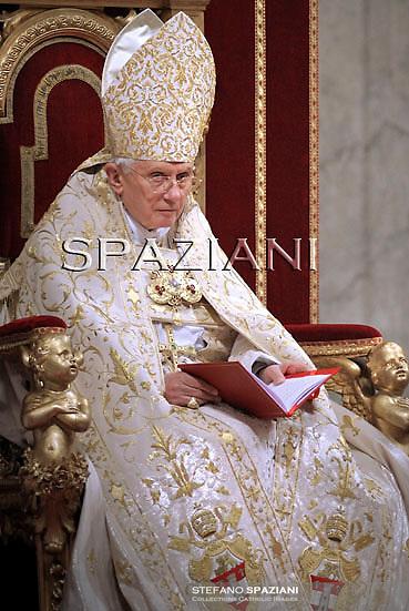 Pope Benedict XVI  celebrates the Vespers and Te Deum prayers in Saint Peter's Basilica at the Vatican on December 31, 2010