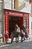 Wine shop. The town. Saint Emilion, Bordeaux, France