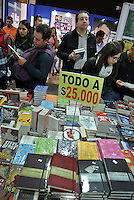 BOGOTA -COLOMBIA. 01-05-2014. La Feria Internacional del Libro de Bogotá 2014, FILBO, que tiene este año como país invitado a Perú es el evento de promoción de la lectura y la industrial editorial más importante en Colombia./ The International Book Fair in Bogota 2014, FILBO, that has this year as a guest country to Peru is the most important event to promote the reading and the editorial industry in Colombia. Photo: VizzorImage/ Gabriel Aponte / Staff