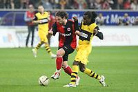 Ioannis Amanatidis (Eintracht) gegen Tinga (BVB)<br /> Eintracht Frankfurt vs. Borussia Dortmund, Commerzbank Arena<br /> *** Local Caption *** Foto ist honorarpflichtig! zzgl. gesetzl. MwSt. Auf Anfrage in hoeherer Qualitaet/Aufloesung. Belegexemplar an: Marc Schueler, Am Ziegelfalltor 4, 64625 Bensheim, Tel. +49 (0) 6251 86 96 134, www.gameday-mediaservices.de. Email: marc.schueler@gameday-mediaservices.de, Bankverbindung: Volksbank Bergstrasse, Kto.: 151297, BLZ: 50960101