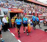 Fifa Women's World Cup Germany 2011 : Colombia - Sweden at Bayarena Leverkusen : scheidsrechters nemen de bal en gaan het veld op : Referee: Carol Anne CHENARD (CAN) Assistant Referee 1: Emperatriz AYALA (SLV) Assistant Referee 2: Cindy MOHAMMED (TRI) Fourth official: Therese NEGUEL (CMR)..foto DAVID CATRY / Vrouwenteam.be