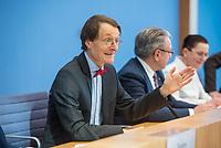 """Bundesgesundheitsminister Jens Spahn (CDU) stellte am Montag den 1. April 2019 mit den Bundestagsabgeordneten Georg Nuesslein (CDU/CSU), Prof. Karl Lauterbach (SPD) und Petra Sitte (Linkspartei) in Berlin den Gesetzentwurf """"Organspende - doppelte Widerspruchsloesung"""" vor.<br /> Im Bild vlnr.: Karl Lauterbach, Georg Nuesslein, Petra Sitte.<br /> 1.4.2019, Berlin<br /> Copyright: Christian-Ditsch.de<br /> [Inhaltsveraendernde Manipulation des Fotos nur nach ausdruecklicher Genehmigung des Fotografen. Vereinbarungen ueber Abtretung von Persoenlichkeitsrechten/Model Release der abgebildeten Person/Personen liegen nicht vor. NO MODEL RELEASE! Nur fuer Redaktionelle Zwecke. Don't publish without copyright Christian-Ditsch.de, Veroeffentlichung nur mit Fotografennennung, sowie gegen Honorar, MwSt. und Beleg. Konto: I N G - D i B a, IBAN DE58500105175400192269, BIC INGDDEFFXXX, Kontakt: post@christian-ditsch.de<br /> Bei der Bearbeitung der Dateiinformationen darf die Urheberkennzeichnung in den EXIF- und  IPTC-Daten nicht entfernt werden, diese sind in digitalen Medien nach §95c UrhG rechtlich geschuetzt. Der Urhebervermerk wird gemaess §13 UrhG verlangt.]"""