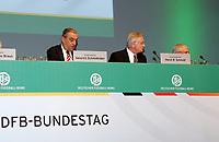 DFB-Schatzmeister Heinrich Schmidhuber neben DFB-Generalsekretaer Horst R. Schmidt<br /> 39. Ordentlicher DFB-Bundestag in der Rheingoldhalle<br /> *** Local Caption *** Foto ist honorarpflichtig! zzgl. gesetzl. MwSt. Es gelten ausschließlich unsere unter <br /> <br /> Auf Anfrage in hoeherer Qualitaet/Aufloesung. Belegexemplar an: Marc Schueler, Am Ziegelfalltor 4, 64625 Bensheim, Tel. +49 (0) 6251 86 96 134, www.gameday-mediaservices.de. Email: marc.schueler@gameday-mediaservices.de, Bankverbindung: Volksbank Bergstrasse, Kto.: 151297, BLZ: 50960101