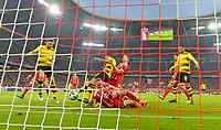 31.03.2018, Football 1. Bundesliga 2017/2018, 28.  match day, FC Bayern Muenchen - Borussia Dortmund, in Allianz-Arena Muenchen. goal  4:0 of  Robert Lewandowski (middle, FC Bayern Muenchen), Franck Ribery (FC Bayern Muenchen) dejected. re:  (Dortmund), li: Marcel Schmelzer (Dortmund). mi: Mahmoud Dahoud (Dortmund). *** Local Caption *** © pixathlon<br /> <br /> Contact: +49-40-22 63 02 60 , info@pixathlon.de