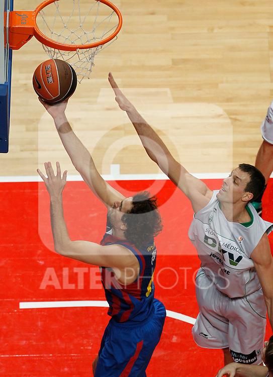 Madrid.- (11/02/2011).-LXXV COPA DE S.M. EL REY.FASE FINAL.Regal F.C. Barcelona-DKV Joventud .Roger Grimau-Jordi Trias...©Alex Cid-Fuentes/AlfaquiFotografia
