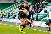 21st March 2021; Franklin's Gardens, Northampton, East Midlands, England; Premiership Rugby Union, Northampton Saints versus Bristol Bears; Nick Isiekwe of Northampton Saints heads towards the goal line for a his team's first try
