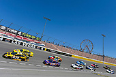 #20: Erik Jones, Joe Gibbs Racing, Toyota Camry DeWalt and #22: Joey Logano, Team Penske, Ford Fusion Shell Pennzoil