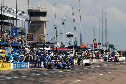 2018 Verizon IndyCar Series - Firestone Grand Prix of St. Petersburg<br /> St. Petersburg, FL USA<br /> Sunday 11 March 2018<br /> Alexander Rossi, Andretti Autosport Honda, pit stop<br /> World Copyright: Michael L. Levitt<br /> LAT Images<br /> ref: Digital Image _01I3348