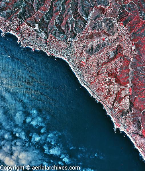 historical infrared aerial photograph of Laguna Beach, California, 2002