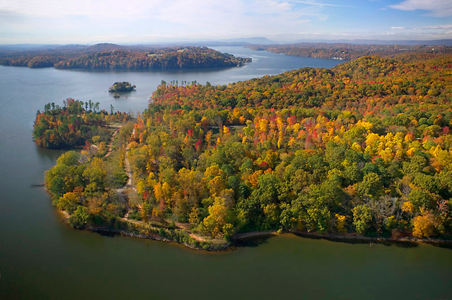 Autumn colors over Chickamauga Lake