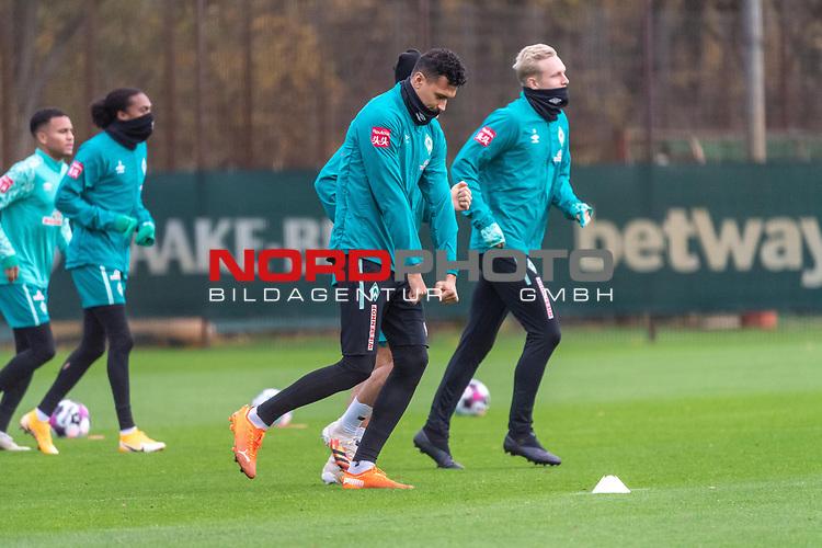 16.11.2020, Trainingsgelaende am wohninvest WESERSTADION - Platz 12, Bremen, GER, 1.FBL, Werder Bremen Training<br /> <br /> Davie Selke  (SV Werder Bremen #09)<br /> Julian Rieckmann (Werder Bremen II #33)<br /> +<br /> <br /> <br /> <br /> Foto © nordphoto / Kokenge *** Local Caption ***