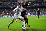 Luka Modric of Real Madrid (L) fights for the ball with Toby Alderweireld of Tottenham Hotspur FC (R) during the UEFA Champions League 2017-18 match between Real Madrid and Tottenham Hotspur FC at Estadio Santiago Bernabeu on 17 October 2017 in Madrid, Spain. Photo by Diego Gonzalez / Power Sport Images