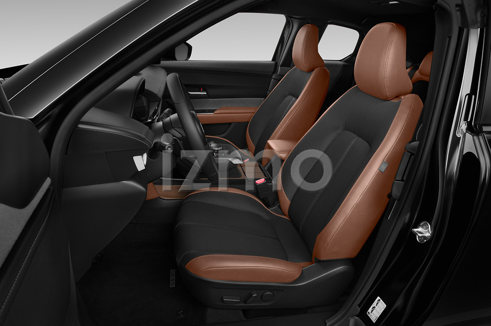 Front seat view of 2021 Mazda MX-30 Skycruise 5 Door SUV Front Seat  car photos