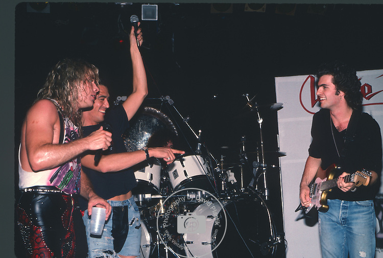Stephan Pearcy,Mike Tramp, Dweezil Zappa Ratt, Stephen Pearcy,