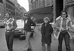 PAOLO VILLAGGIO CON LA MOGLIE MAURA ED I FIGLIO ELISABETTA E PIERFRANCESCO<br /> ROMA 1974