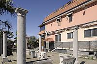 - Cisliano (Milano), il ristorante La Masseria, sequestrato al clan Valle della 'ndrangheta nel 2010 a norma della legge Rognoni-Latorre 109/96 per la confisca dei beni alla criminalità organizzata, e oggi affidato al Comune di Cisliano in comodato d'uso gratuito per progetti di riutilizzo sociale<br /> <br /> - Cisliano (Milan), the restaurant La Masseria, seized to Valle clan of the 'Ndrangheta in 2010 under the Rognoni-Latorre Law 109/96 for the confiscation of assets of organized crime, and today entrusted to the Municipality of Cisliano in loan use free for social re-use projects