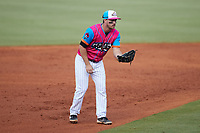 Pescados de Carolina shortstop Zack Raabe (4) on defense against the Delmarva Shorebirds at Five County Stadium on September 4, 2021 in Zebulon, North Carolina. (Brian Westerholt/Four Seam Images)