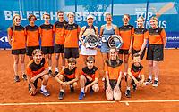 Amstelveen, Netherlands, 10 Juli, 2021, National Tennis Center, NTC, Amstelveen Womans Open, Doubles final: Suzan Lamens (NED) and Quirine Lemoine (NED) posing with the ballkids<br /> Photo: Henk Koster/tennisimages.com