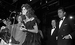 VALENTINO GARAVANI CON BROOKE SHIELDS<br /> PREMIO THE BEST RAINBOW ROOM ROCKFELLER CENTER NEW YORK 1982