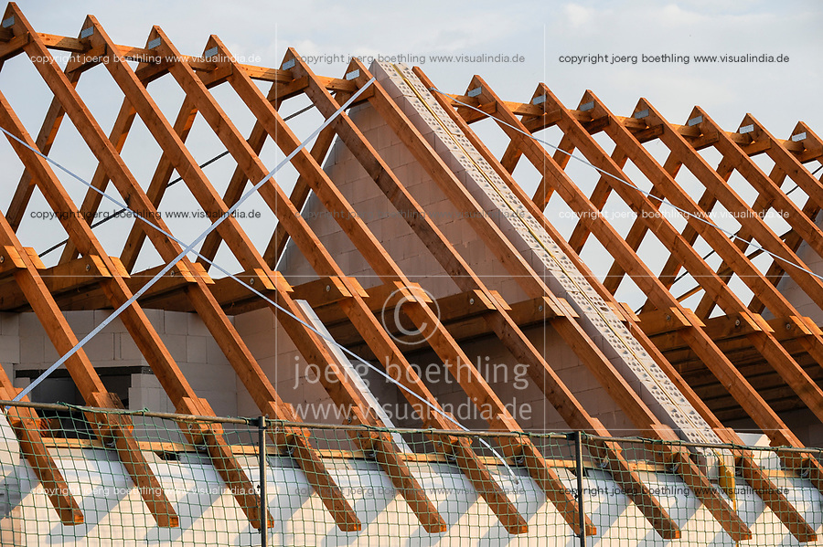 Germany, timber roof construction / DEUTSCHLAND, Holzbau