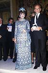 GINA LOLLOBRIGIDA CON PIERRE CARDIN  -  PREMIO THE BEST ROMA 1979