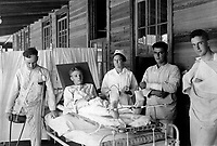 Surgical patients.  Base hospital, Camp Joseph E. Johnston, Florida.  Ca.  1918.  (War Dept.)<br /> Exact Date Shot Unknown<br /> NARA FILE #:  165-WW-248M-7<br /> WAR & CONFLICT BOOK #:  673