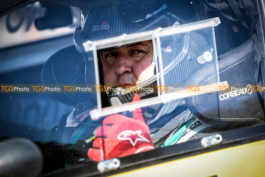 Ollie O'Donovan, Ford Fiesta, BRX Supercars gives the thumbs up  prior to the supercar final during the 5 Nations BRX Championship at Lydden Hill Race Circuit on 31st May 2021