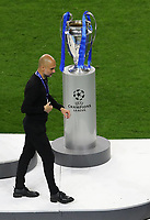 Porto, Portugal, 29th May 2021. Josep Guardiola manager of Manchester City looks on dejected as he walks past the trophy during the UEFA Champions League match at the Estadio do Dragao, Porto. Picture credit should read: David Klein / Sportimage PUBLICATIONxNOTxINxUK SPI-1071-0300 <br /> Oporto 29/05/2021 <br /> Champions League Final <br /> Manchester City Vs Chelsea <br /> Photo Imago/Insidefoto <br /> ITALY ONLY