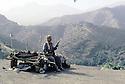 Irak 1985.Dans les zones libérées, région de Lolan, lit d'un peshmerga sur un toit.Iraq 1985.In liberated areas, Lolan district, Peshmerga's bed on a roof
