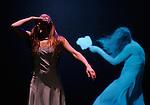 Synchronicity<br /> Céline Maufroid<br /> Théâtre National de Chaillot, Paris – 2012