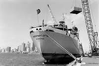 Dockside Rendezvous; The Soviet ship Novomirgorod; loading nuclear plant equipment for Bombay; India; at Pier 51; is one of three ships from distant lands presently in Toronto.<br /> <br /> Photo : Boris Spremo - Toronto Star archives - AQP