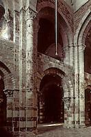 Europe/France/Auvergne/43/Haute-Loire/Brioude: La basilique Saint Julien (plus grande église romane d'Auvergne) - La chapelle - Le narthex
