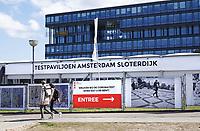 Nederland Amsterdam 2021. Corona Testlocatie bij Station Sloterdijk.    Foto ANP / Hollandse Hoogte / Berlinda van Dam