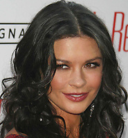 07-25-07, Catherine Zeta-Jones, Photo By John Barrett/PHOTOlink