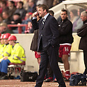 20040327     Copyright Pic : James Stewart.File Name : jspa13_clyde_v_stmirren.CLYDE MANAGER ALAN KERNAGHAN TELLS HIS TEAM TO CONCENTRATE....James Stewart Photo Agency 19 Carronlea Drive, Falkirk. FK2 8DN      Vat Reg No. 607 6932 25.Office     : +44 (0)1324 570906     .Mobile  : +44 (0)7721 416997.Fax         :  +44 (0)1324 570906.E-mail  :  jim@jspa.co.uk.If you require further information then contact Jim Stewart on any of the numbers above.........